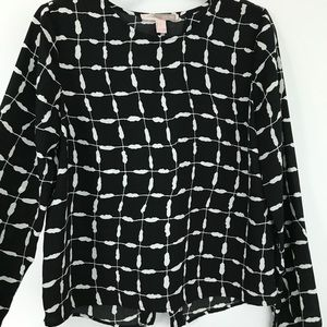 b&w printed long sleeve blouse with back slit